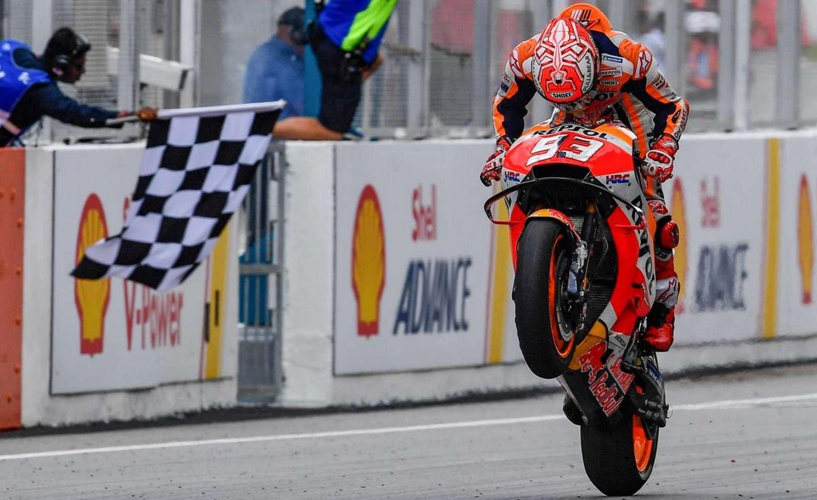 MotoGP 2018: Результаты Гран-При Малайзии, Сепанг (41 фото)
