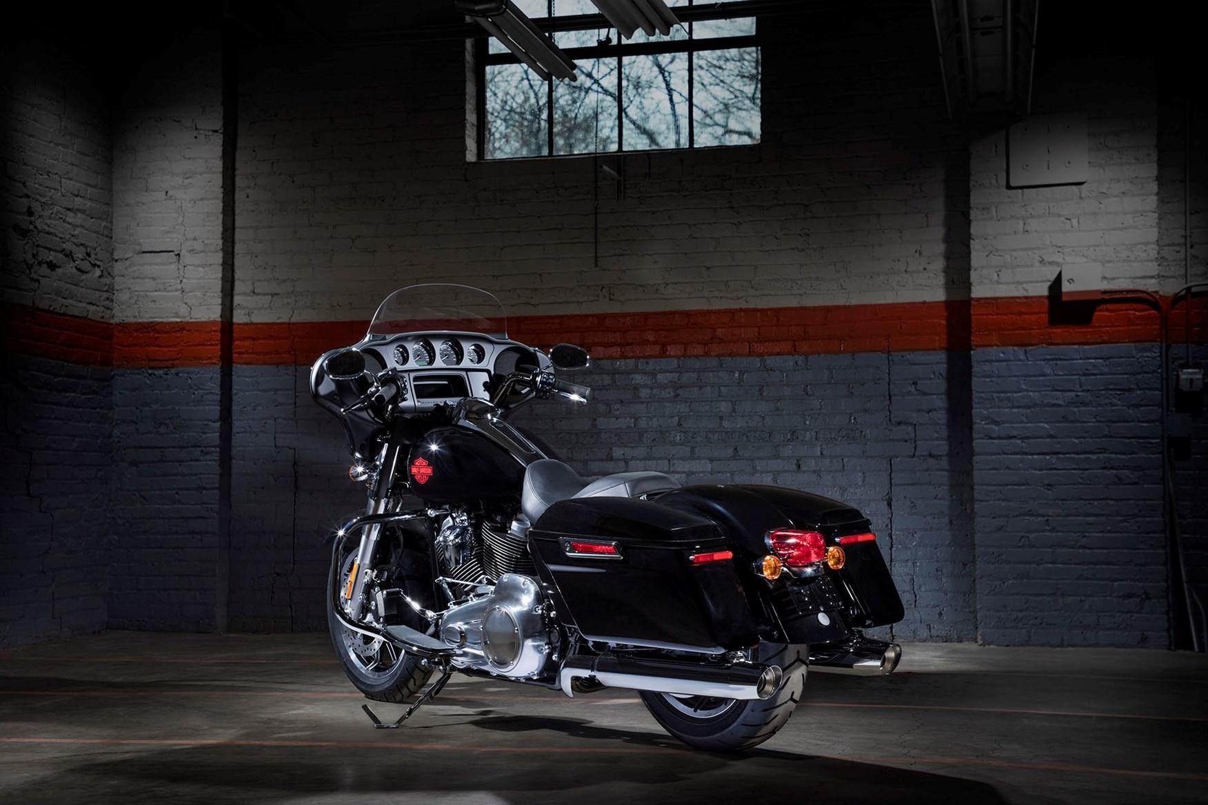 Harley-Davidson Electra Glide Standard_2