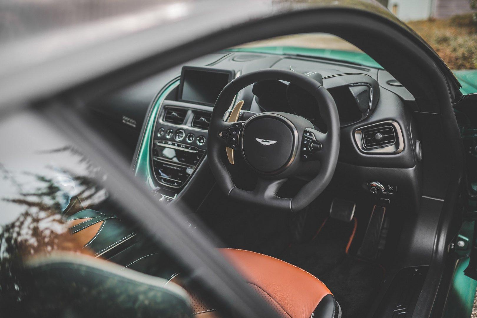Aston Martin DBS 60 _2