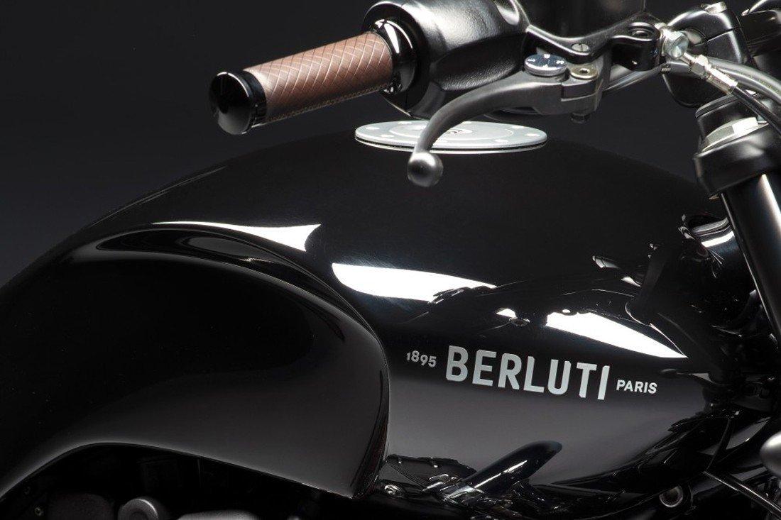 Triumph Bonneville T120 Berluti