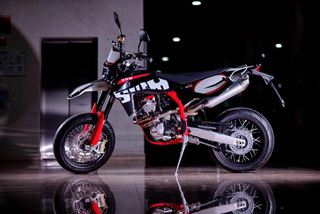Итальянские мотоциклы SWM Supermoto