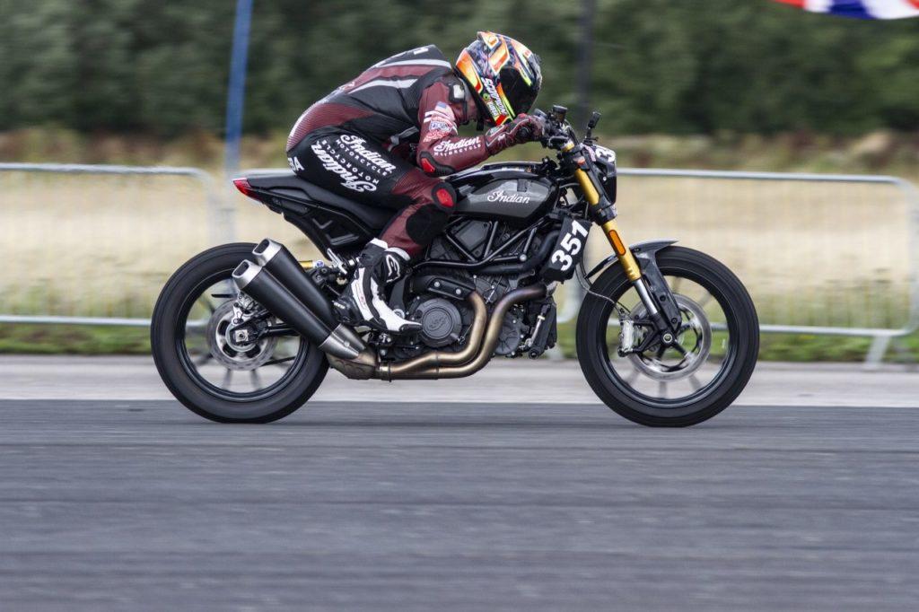 Indian FTR1200S установил рекорд скорости на заднем колесе