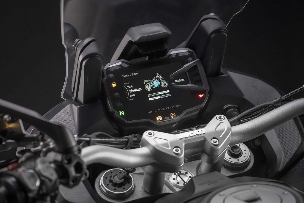 Большой турист Ducati Multistrada 1260 S Grand Tour 2020