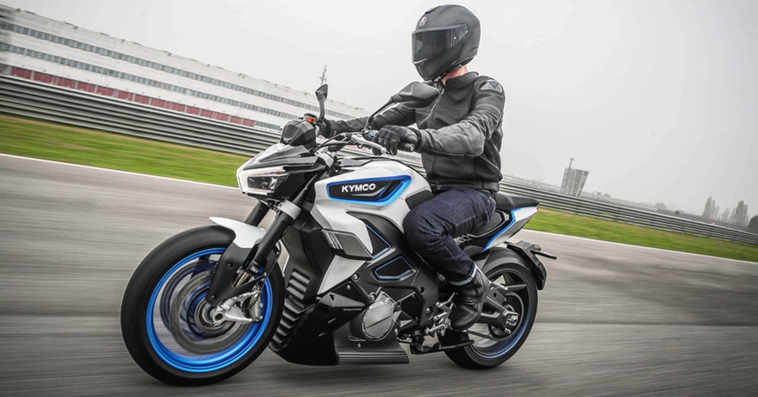 Электроцикл Kymco RevoNex 2021 с МКПП