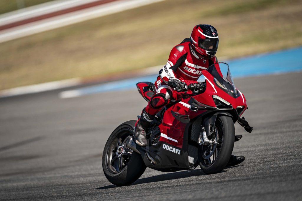 Ducati Superleggera V4 2020 | 230 HP for the$100,000!