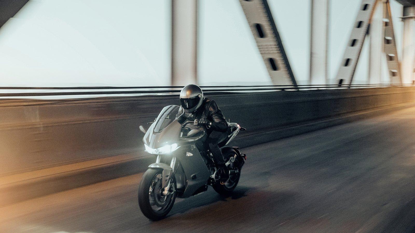 Представлен электроцикл Zero SR/S 2020