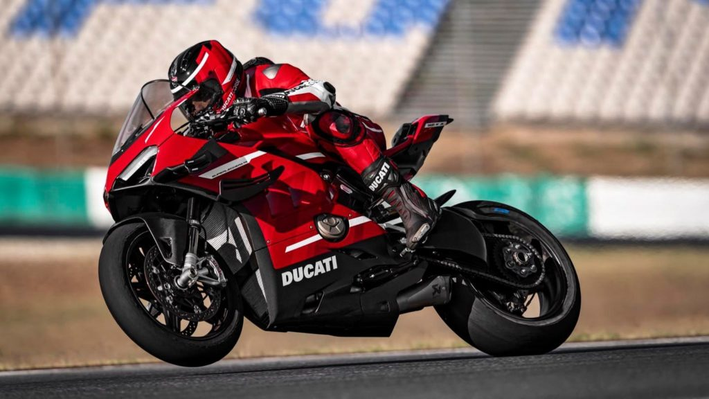 Ducati Superleggera V4 2020 | 230 HP for the$100,000!