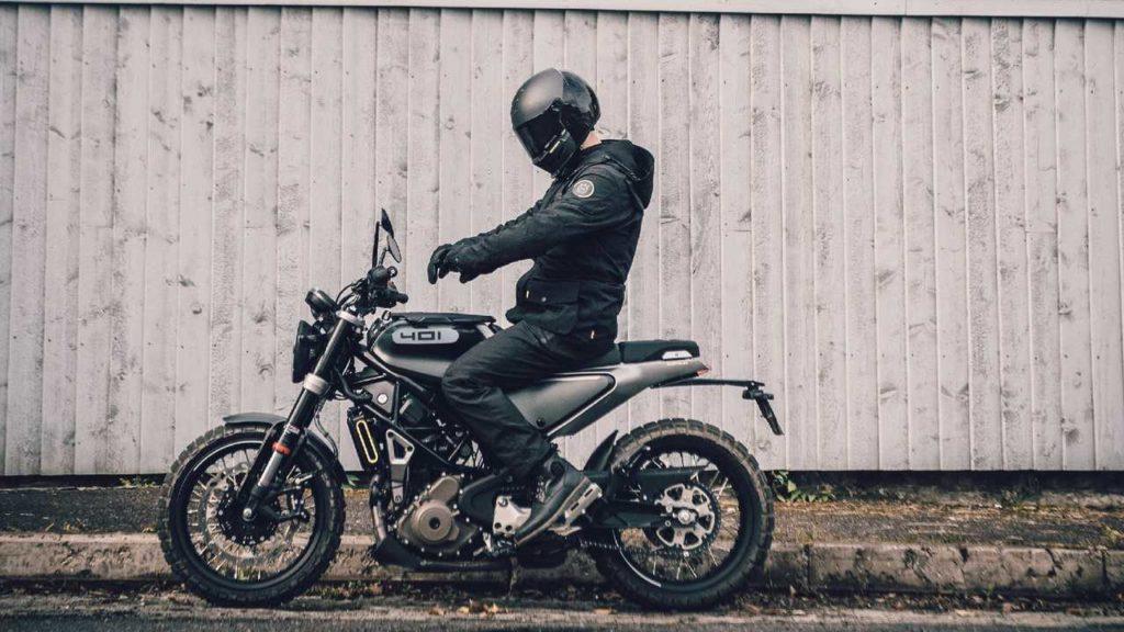 Husqvarna Vitpilen / Svartpilen 401 2020: Quickshifter and new suspension!