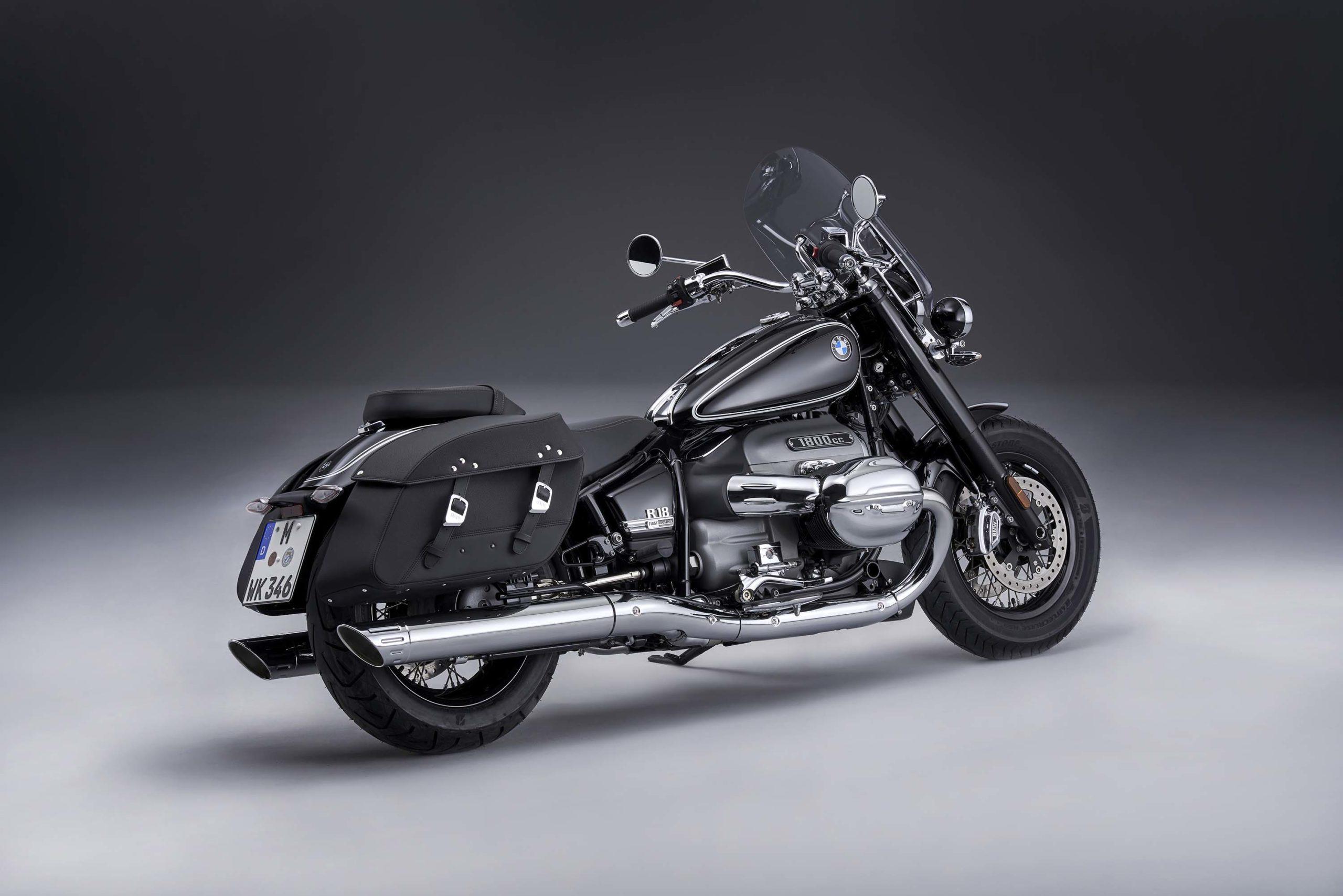 Представлен BMW R18 Classic 2021
