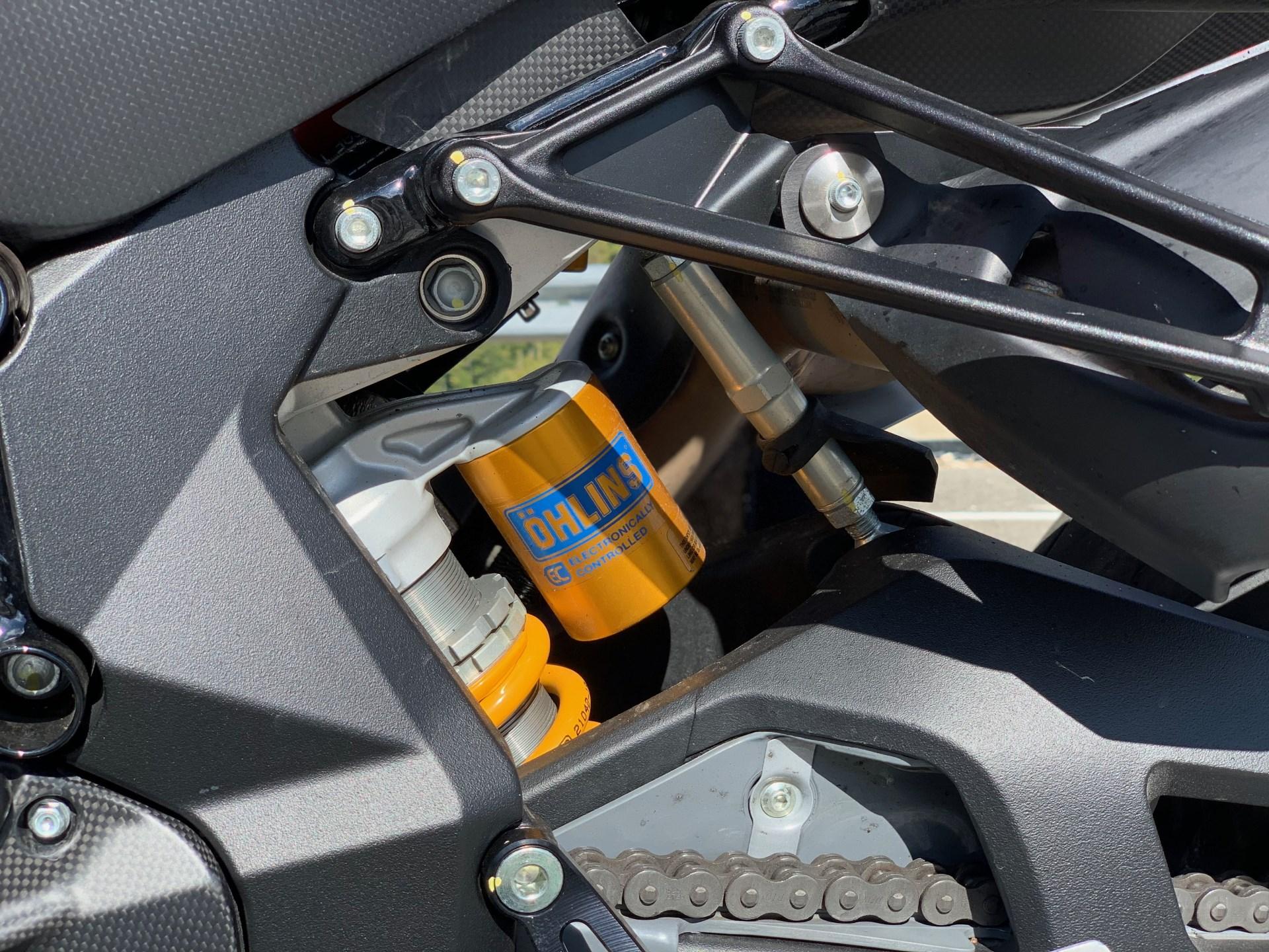 MV Agusta Brutale 1000RR тест обзор