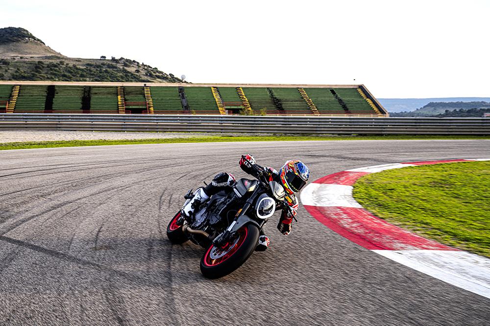 Представлен новый Ducati Monster 937 2021