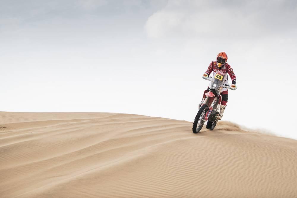 Дакар 2021: 11 этап (мотоциклы) — Борт выбыл, KTM борется за победу!